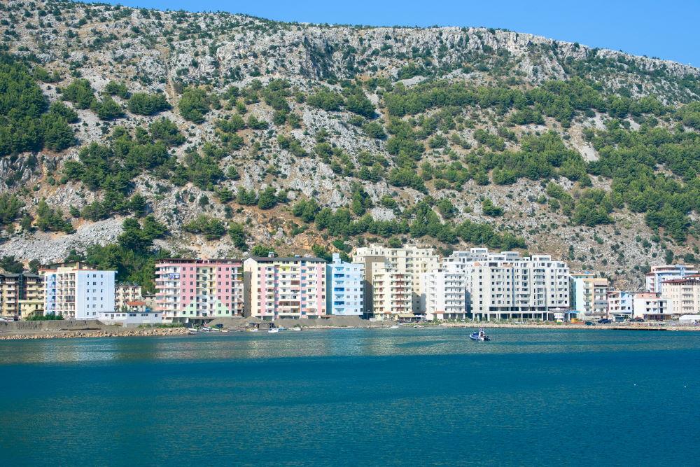Фото: Курорт Шенджин в Албании
