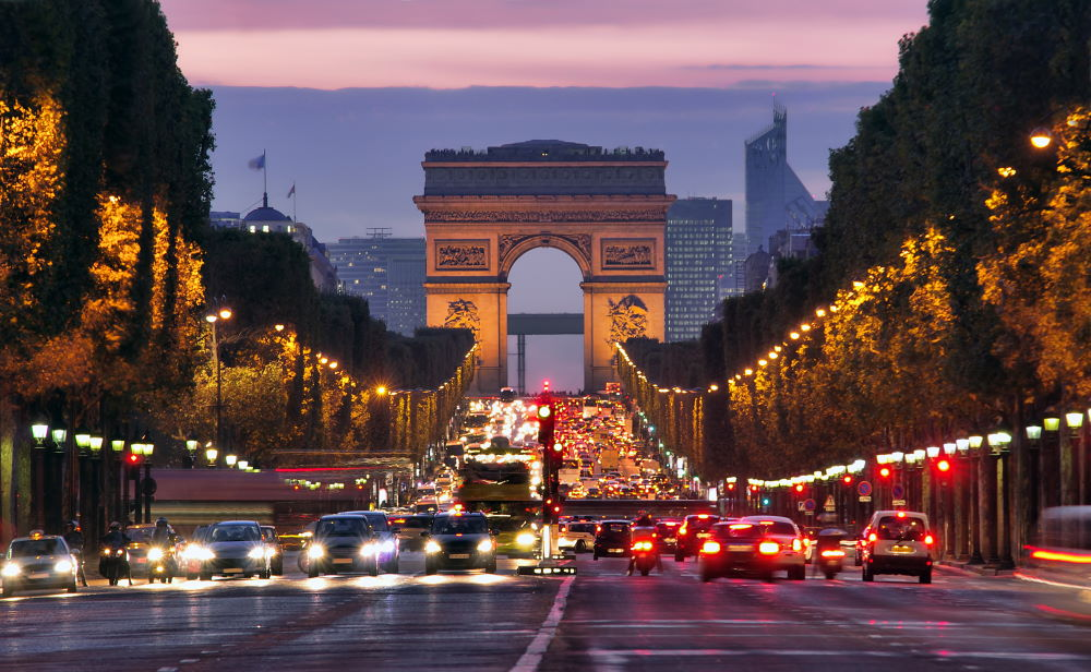 Фото: Елисейские поля в Париже