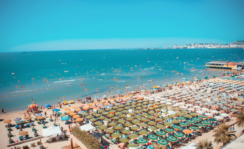 Фото: Курорт Дуррес в Албании