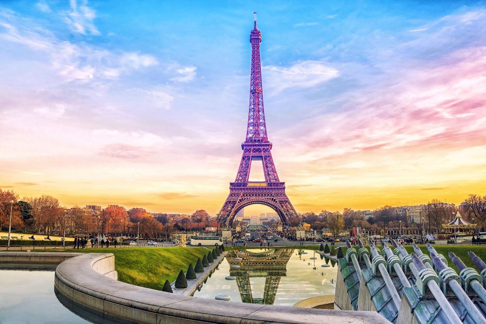 Фото: Эйфелева башня в Париже