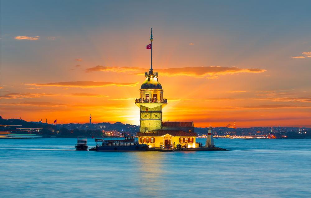 Фото: Девичья Башня в Стамбуле