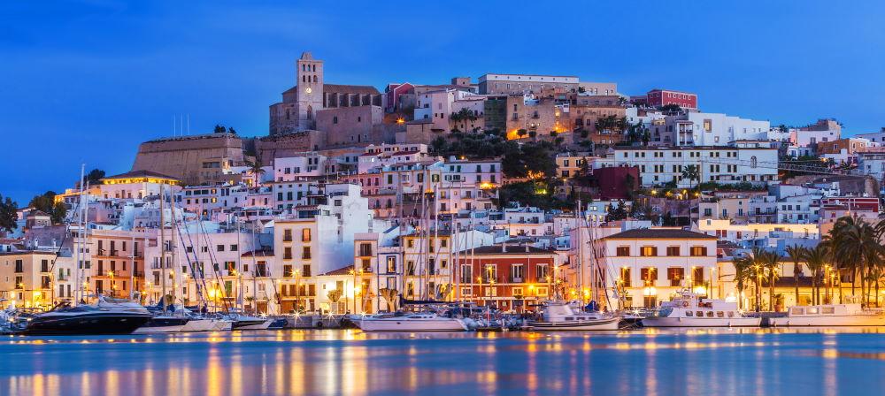 Фото: курорт Ибица в Испании