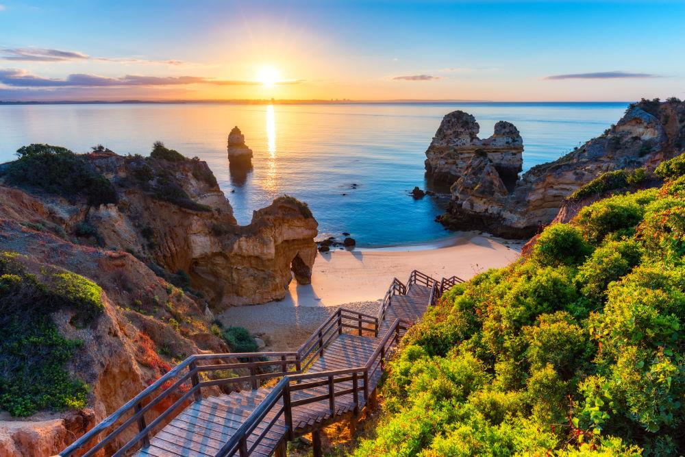 Фото: Пляж в Алгарве (Португалия)