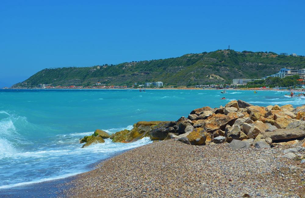 Фото: Пляж Ялиссос на Родосе