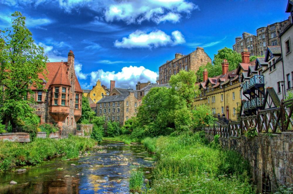 Фото: Dean Village в Эдинбурге